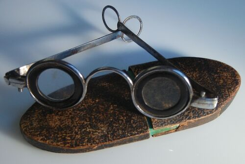 白内障術後に他店で新調したメガネは違和感が強く掛けていられない!!