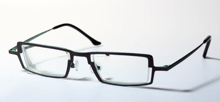 おしゃれな強度近視メガネのご紹介です